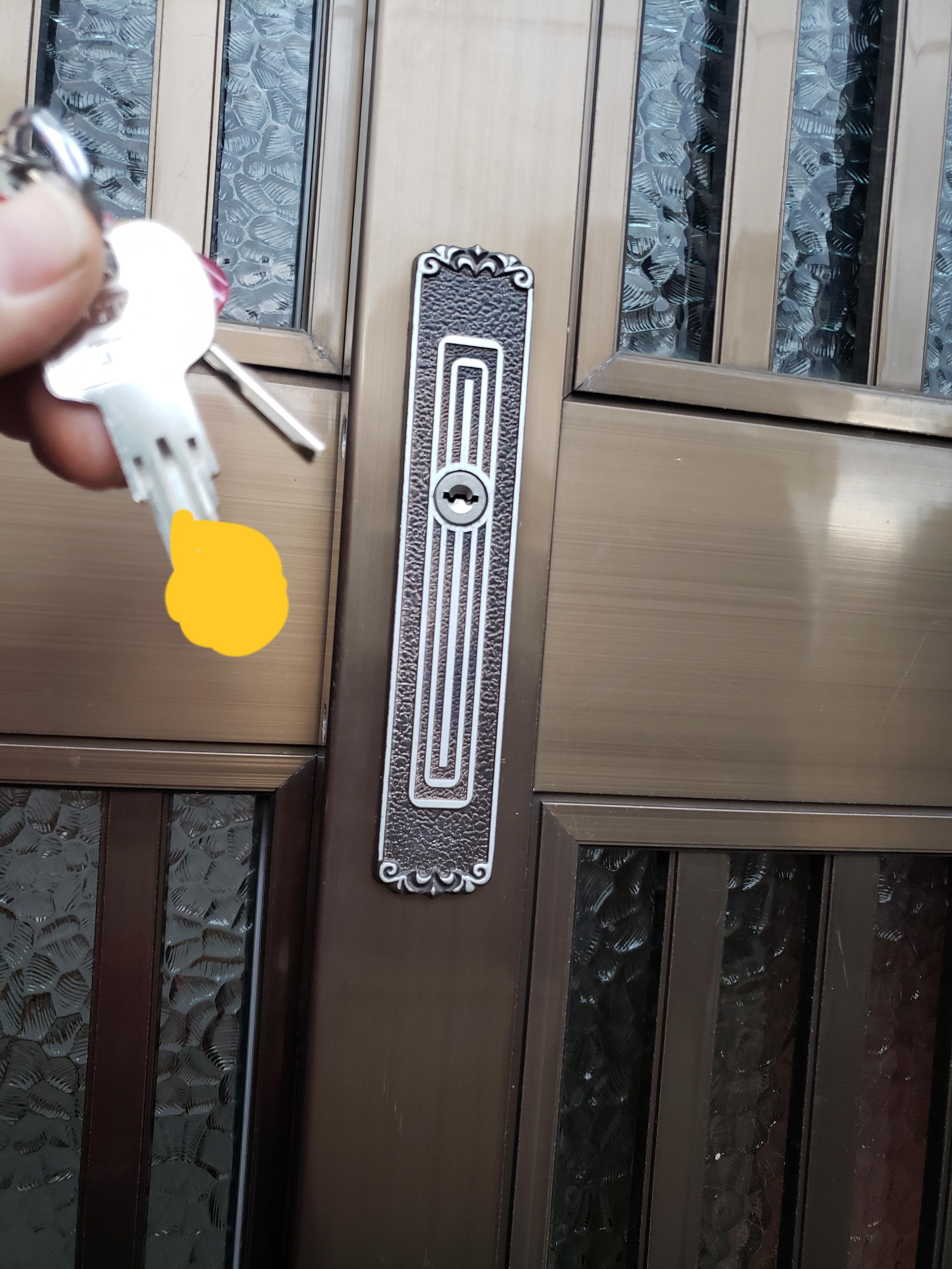 若松区小竹で玄関開錠